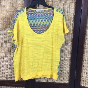 Scoup neck yellow too w/sheer multicolored back